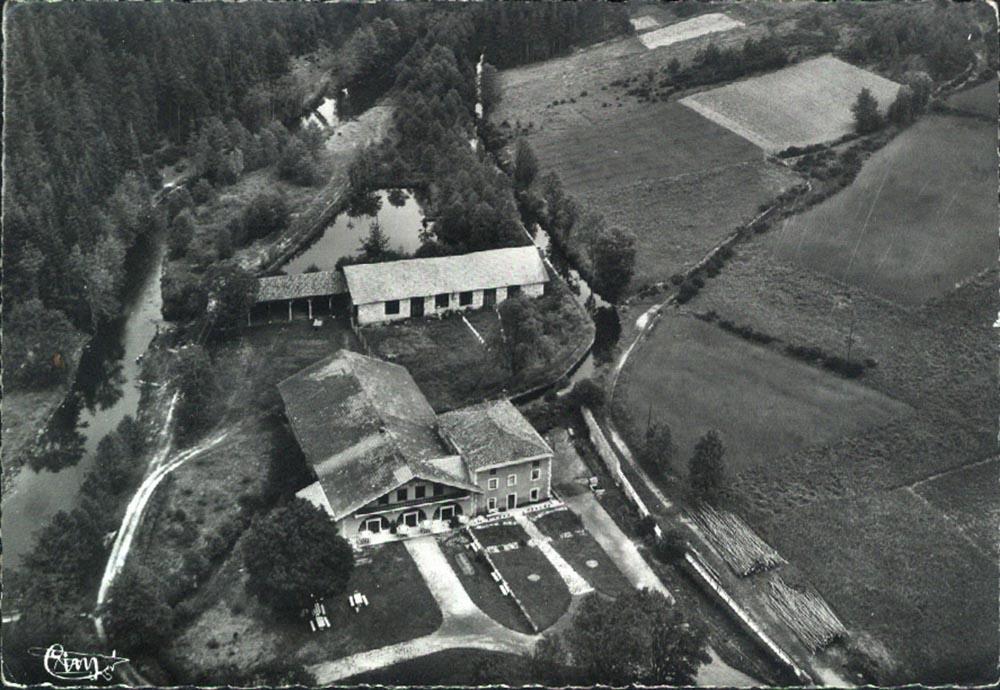 Hostellerie-de-Pontempeyrat-epoque-Alexandre-del-Perugia