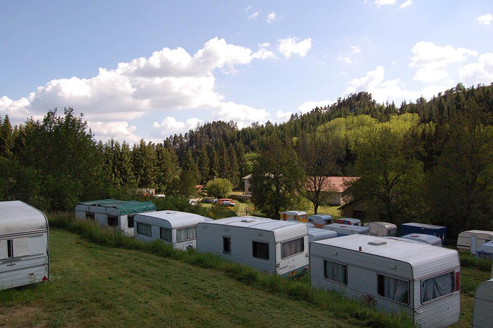 camping-caravanes-hostellerie-pontempeyrat-2005